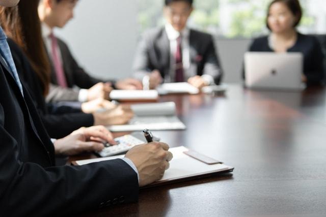 会社の会議の風景